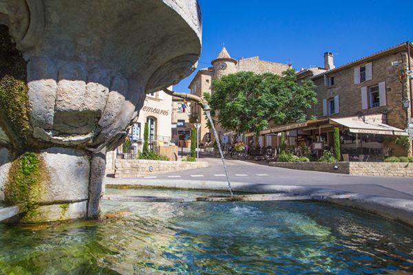 Châteauneuf-du-Pape La Fontaine